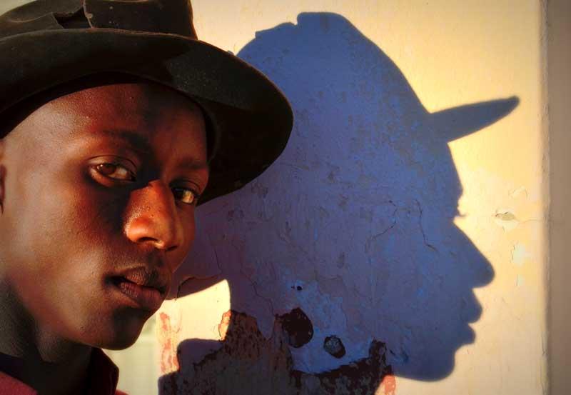 Фотовыставка южноафриканского фотографа Теунса Боты в Сочинском Художественном музее